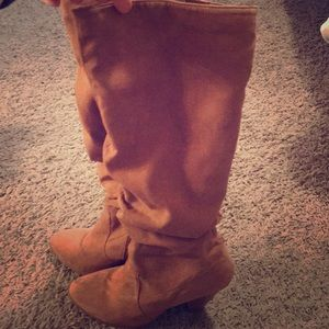 Charlotte Russe boots size 8